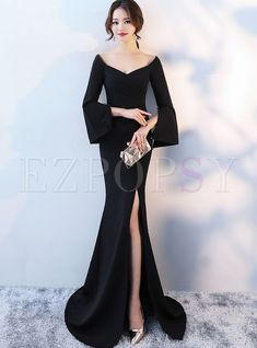 Shop Elegant Deep V-neck Flare Sleeve Slit Mermaid Evening Dress at EZPOPSY. Source by yogapantsmafia dresses elegant Elegant Dresses, Sexy Dresses, Beautiful Dresses, Fashion Dresses, Prom Dresses, Long Dresses, Long Dress Formal Elegant, Formal Dresses, Wedding Dresses