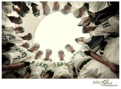 This site had some really cool bball pics.  What a cool idea for a team picture!
