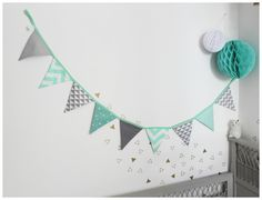 Garland of gray and green geometric pennants - Kidsroom Triangle Art, Interior Decorating Tips, Benjamin Moore Paint, Green Furniture, Teal And Grey, Inspiration For Kids, Kid Beds, Garland, Baby Shower
