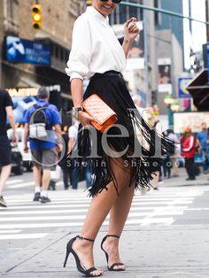 Falda cintura alta flecos -negro 17.47