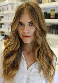 Loose waves are a classic and always flattering look!