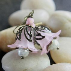 LightPink Flower Bead Earrings  A945 by carolinascreations on Etsy, $4.00
