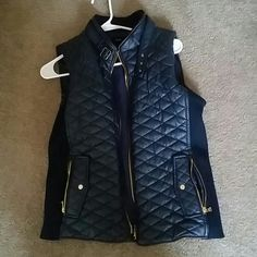 Vest SZ:L - dark navy blue vest, only worn once Fate Other