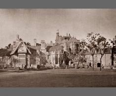 Despite the fact that the story takes place in England, and most of the actors are British, the movie was filmed entirely in California. The one exterior view of the house was actually a miniature built on a table and then blown up to appear as an imposing mansion.