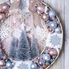 Kitschy ornament wreath - pastel wreath - Christmas decor - embroidery hoop wreath - ornaments as decor - Christmas DIY