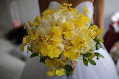 Buquê em tons de amarelo #bouquet #buque #amarelo