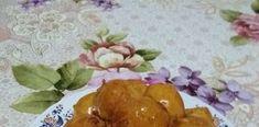 Τραγανοί μελωμένοι λουκουμάδες με πορτοκάλι Pudding, Chicken, Meat, Desserts, Food, Tailgate Desserts, Deserts, Custard Pudding, Essen