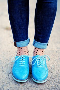 More oxfords + rolled skinny jeans + exposed patterned socks.