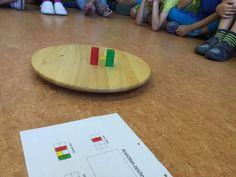 Wir bauen kleine Würfelgebäude | Carl-von-Linné-Schule