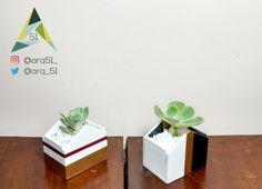 Macetas hechas a mano por ARQ 51 #Suculentas y #Cactus disponibles  Pequeños diseños que enriquecerán tus espacios. 📍 Bogotá D.C. 📞& WAP 315 3168018 - 301 7222379 diseno.arq51@gmail.com #Diseño #Interiorismo 🌱🌵🎍📐