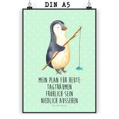 Poster DIN A5 Pinguin Angeler aus Papier 160 Gramm  weiß - Das Original von Mr. & Mrs. Panda.  Jedes wunderschöne Motiv auf unseren Postern aus dem Hause Mr. & Mrs. Panda wird mit viel Liebe von Mrs. Panda handgezeichnet und entworfen.  Unsere Poster werden mit sehr hochwertigen Tinten gedruckt und sind 40 Jahre UV-Lichtbeständig und auch für Kinderzimmer absolut unbedenklich. Dein Poster wird sicher verpackt per Post geliefert.    Über unser Motiv Pinguin Angeler      Verwendete Materialien…