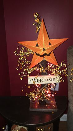 Primitive lighted pumpkin Stand https://m.facebook.com/pages/The-Cozy-Country-Craft-House/575638289196544