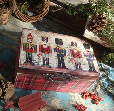 """Купить """"Щелкунчики"""" книга-шкатулка в интернет магазине на Ярмарке Мастеров"""