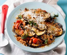Brinjal and tomato Parmesan bake http://www.eatout.co.za/recipe/brinjal-and-tomato-parmesan-bake/