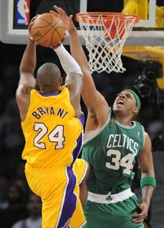 kobe bryant vs Paul Pierce photos | Lakers' guard Kobe Bryant and Celtics' forward Paul Pierce will ...