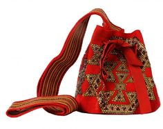 SILVIA TCHERASSI {WAYUU MOCHILA BAG ITEM# 16042} Tapestry Bag, Tapestry Crochet, Mochila Crochet, Crochet Bags, Ethnic Bag, Hippie Chic, Louis Vuitton Monogram, Bucket Bag, Gym Bag