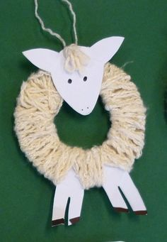 "Wool-wrapped spring lamb ("",) > so making these in the Spring! Toddler Crafts, Preschool Crafts, Easter Crafts, Christmas Crafts, Diy And Crafts, Crafts For Kids, Arts And Crafts, Spring Lambs, Sheep Crafts"