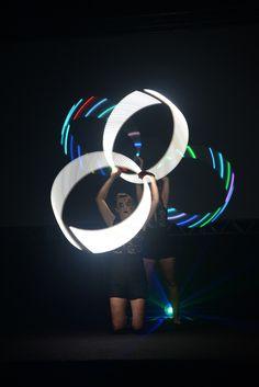 Malabaristas de luzes de Humor e Circo Eventos em Florianopolis. Contate-nos humorecirco@gmail.com (11) 97319 0871 (21) 99709 6864 (73) 99161 9861 whatsapp. Shows, Humor, Openness, Lights, Events, Artists, Humour, Funny Photos, Funny Humor