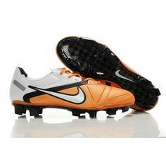 new product 6db80 b5df2 Nike CTR360 Maestri II Elite Orange Blanc Noir
