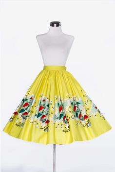 Pinup Couture Jenny Skirt with pockets in yellow Mary Blair Umbrellas Print | Pinup Girl Clothing