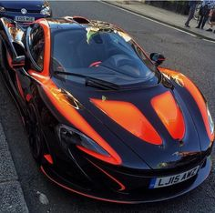 The McLaren held the world record for the fastest production car in the world for many years. The car was first produced in 1992 and still looks great today. Luxury Sports Cars, Exotic Sports Cars, Cool Sports Cars, Super Sport Cars, Best Luxury Cars, Nice Cars, Maserati, Bugatti, Nissan