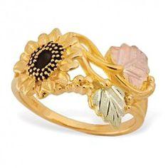 Stunning 10k Black Hills Gold Sunflower Ring