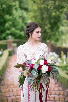 Luxury Wedding Inspiration | Amy Caroline Photography | Bridal Musings Wedding Blog 3