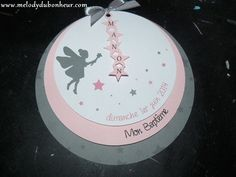 Faire part rond pour un baptême thème fée Christening Invitations, Baby Invitations, Invitation Cards, Old Picture Frames, Silhouette Portrait, Baby Party, Origami, Stampin Up, Diy And Crafts