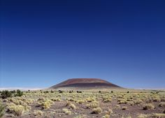 roden crater by james turrell features skyspaces in the arizona desert Nevada California, James Turrell, Public Realm, Light Installation, Art Installations, Land Art, Abstract Sculpture, Light Art, Amazing Architecture
