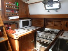 You might be surprised about what you can safely leave out of the boat fridge, leaving more space for stuff that requires refrigeration!  commuterCRUISER.com