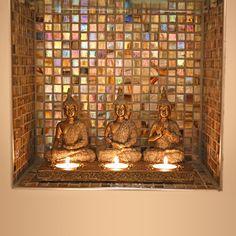 Collection bouddhas. Grossiste en décoration Asie pour les professionnels. Figurine bouddha, fontaine bouddha, brûle-parfum bouddha...