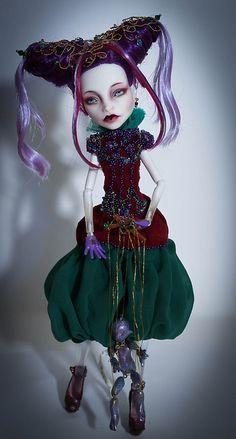 Monster High Spectra custom! Gosh this is beautifulllll D :