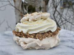 Marängsemla Tart, Desserts, Food, Tailgate Desserts, Deserts, Pie, Essen, Tarts, Postres