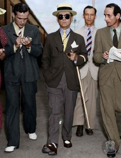 President Manuel Quezon: undisputedly the most dapper and stylishly dressed Philippine President of all time Philippines Fashion, Philippines Culture, Old Pictures, Old Photos, Fort Santiago, Filipino Fashion, Filipino Culture, Filipiniana, Colorized Photos