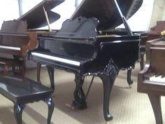 Stunning piano !!! http://adjustablepianobench.net