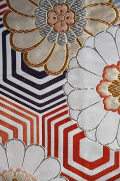 Stunning Japanese vintage Obi with flower and hexagon motif:
