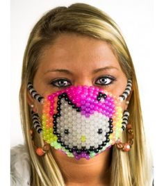 8ba566df04da3 Hello Kitty Melting Rainbow  Glow In The Dark  Raver Menina