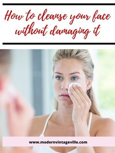 Double cleansing method will help you remove dirt, sweat, irritants and make up residue. At the same time cleansing oil will protect your skin from over drying and irritation. Korean Face Mask, Asian Skincare, Fitness Tattoos, Facial Cream, Anti Aging Tips, Cleansing Oil, Wash Your Face, Face Serum, Beauty Hacks