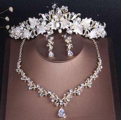 Rhinestone Choker, Rhinestone Wedding, Gold Wedding Crowns, Costume Jewelry Sets, Wedding Jewelry Sets, Bridal Jewellery, Fashion Jewellery, Wedding Accessories, Beaded Jewelry