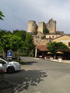 Château de Bonaguil.
