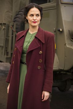 Home Fires - Love this 1940s coat