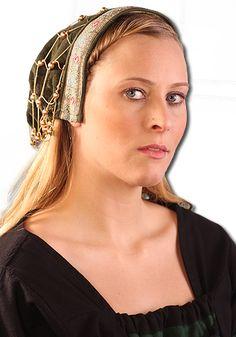 Haube mit Haarnetz, grün von Leonardo Carbone