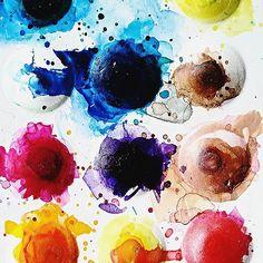 My sister's colour palette. It looks like a piece of abstract art haha :D #Carmazin #colourpalette  #artistic #art #photography #rainbow