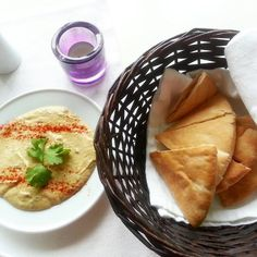 Are you searching for the Chania restaurants? Theodosi restaurant is a beautifully decorated popular eatery point. Online reservation facility to book a table is also available on the website http://theodosirestaurant.com/.
