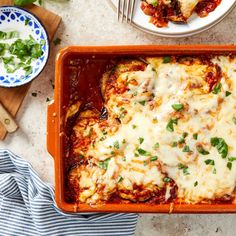 This cheesy baked eggplant Parmesan has no breading, which means it's easier to make than Healthy Casserole Recipes, Zucchini Casserole, Healthy Recipes, Vegetarian Recipes, Healthy Fats, Vegetarian Casserole, Tuna Casserole, Gf Recipes, Greek Recipes