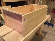 Building the Carpentry Way's Japanese Toolbox Part III Japanese Carpentry, Japanese Tools, Japanese Woodworking, Woodworking Projects, Wooden Tool Boxes, Tool Tote, Wood Tools, Tool Storage, Wood Crafts