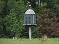 2014-05-04 Mooie duiventil in de tuin van Huis Ehze