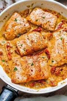 Salmon Recipe Pan, Seared Salmon Recipes, Pan Fried Salmon, Pan Seared Salmon, Baked Salmon, Salmon Sauce, Pan Cooked Salmon, Salmon Pasta Recipes, Seared Tuna