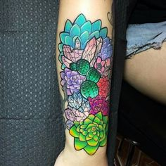 What does succulent tattoo mean? We have succulent tattoo ideas, designs, symbolism and we explain the meaning behind the tattoo. Neue Tattoos, Body Art Tattoos, Sleeve Tattoos, Tattoo Art, Succulent Tattoo, Cactus Tattoo, Succulent Care, Form Tattoo, Shape Tattoo