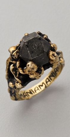 Mania Mania///The Eternal Ring. WOW that's amazing and I want this so bad.